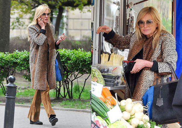 Monika Olejnik kupuje mandarynki w panterce (ZDJĘCIA)