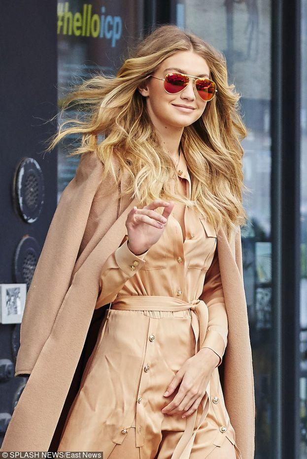 Gigi Hadid w ulubionym kolorze Kim Kardashian (ZDJĘCIA)