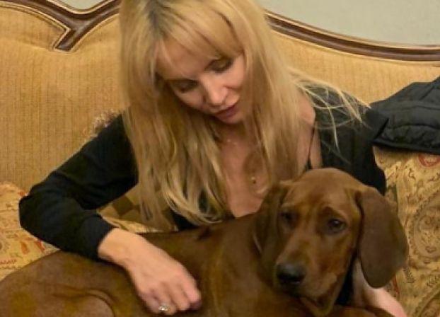 """Agnieszka Woźniak-Starak podzieliła się wzruszającym wpisem: """"Vlad miał być psem Piotrka, kupiłam mu go na urodziny"""""""
