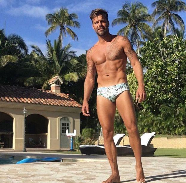 44-letni Ricky Martin chwali się mięśniami!