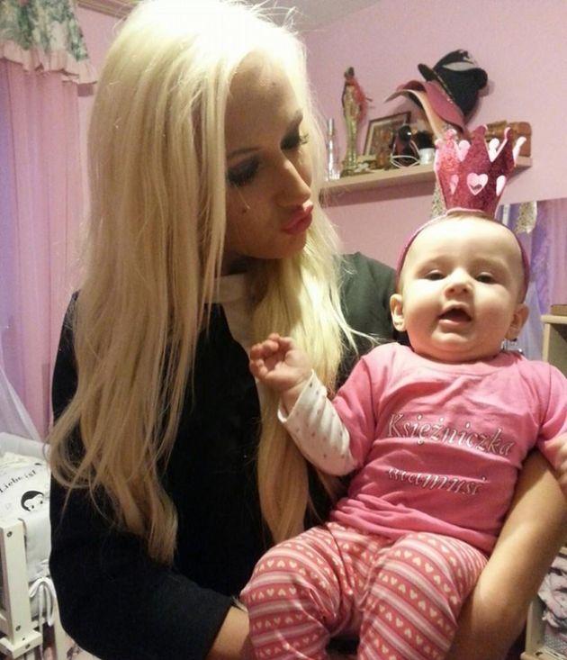 """Eliza: """"Będę rodzić w sierpniu. W wakacje BĘDĘ ZNÓW WIELORYBEM, nienawidzę tego!"""""""
