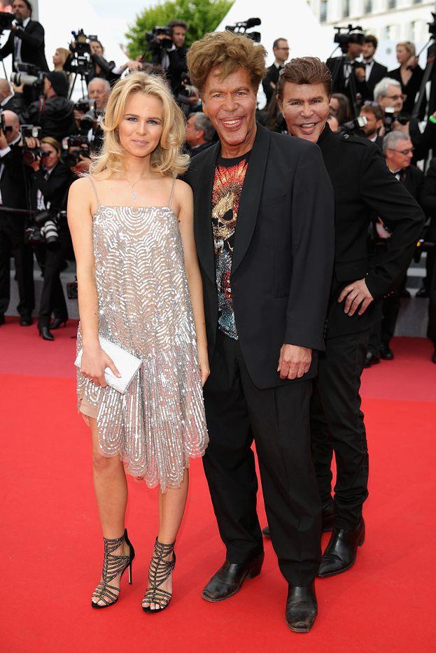 """Zaginieni bracia """"Kobiety-kota"""" odnaleźli się na czerwonym dywanie w Cannes! (ZDJĘCIA)"""