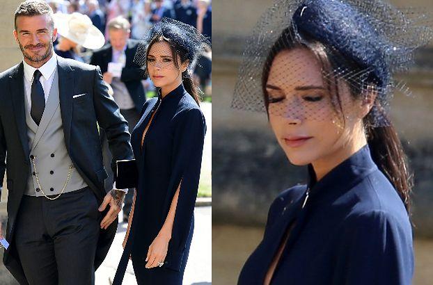 """Victoria Beckham krytykowana za kreację z książęcego ślubu. """"Wie, że nie przyszła na pogrzeb?"""""""