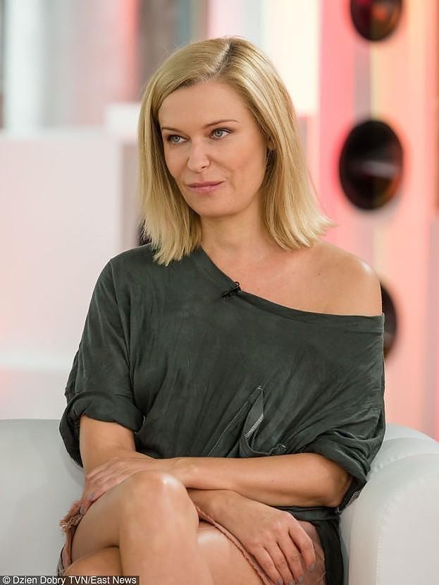 """Paulina Młynarska oburzona słowami Kaczyńskiego o """"prawdziwej"""" rodzinie: """"KOŁTUŃSKI, DYSKRYMINUJĄCY MENTAL"""""""