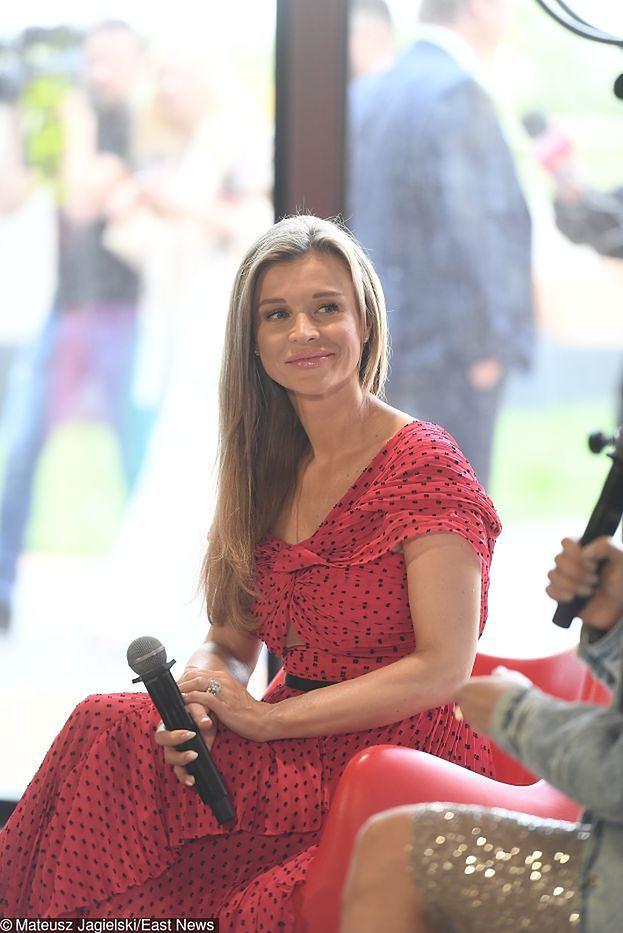 """Joanna Krupa chwali się """"brzuszkiem Buddy"""". Fanki: """"Dzidziunia rośnie!"""""""