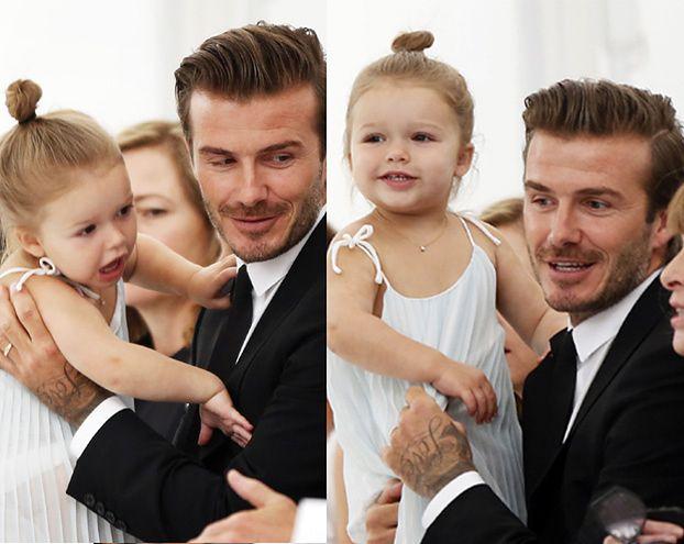 Beckham z córeczką na pokazie Victorii! (ZDJĘCIA)