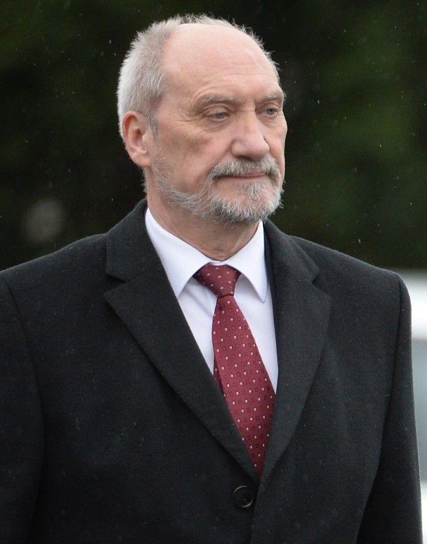 """""""Wiadomości"""" i TVP Info... ATAKUJĄ MISIEWICZA na zlecenie Kaczyńskiego?"""