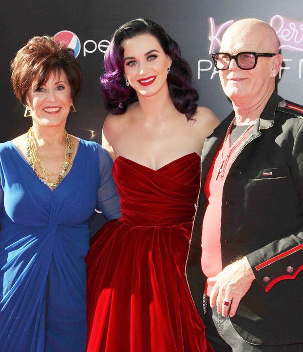 """Ojciec Katy Perry: """"TO DZIECKO SZATANA!"""""""