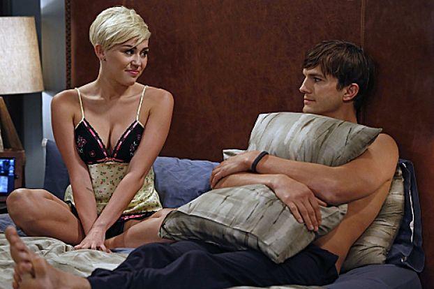 Miley Cyrus w łóżku z Kutcherem!