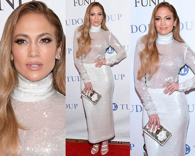 Stylowa Jennifer Lopez w białych cekinach za 11 tysięcy