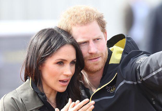 Książę Harry i Meghan Markle w codziennych stylizacjach wspierają rannych żołnierzy (ZDJĘCIA)
