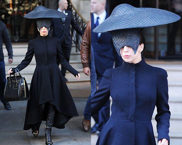 Gaga ze spodkiem na głowie! (ZDJĘCIA)