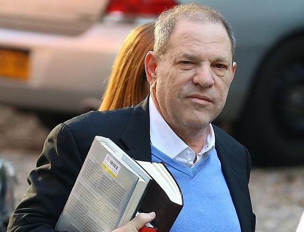 """Harvey Weinstein oskarżony o molestowanie 16-LETNIEJ POLSKIEJ MODELKI! """"Zmuszał ją do dotknięcia jego penisa"""""""