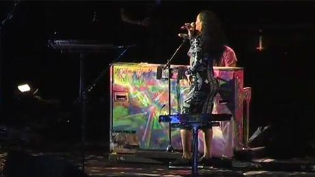"Rihanna śpiewa ""Umbrella"" z Coldplay!"