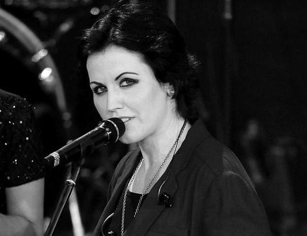 """Policja wydała oświadczenie w sprawie śmierci wokalistki The Cranberries. """"Zmarła na miejscu zdarzenia"""""""
