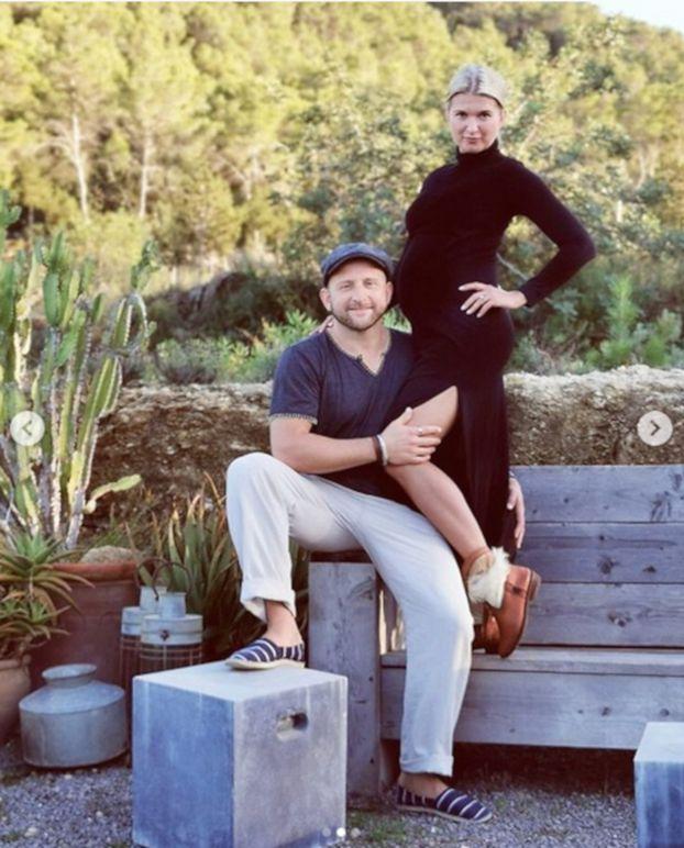 """Borys Szyc i Justyna Nagłowska zostaną rodzicami! """"Zaczęliśmy podróżować z nadbagażem"""" (FOTO)"""