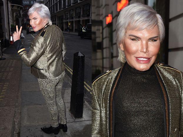 Błyszcząca twarz Żywego Kena próbuje się uśmiechnąć na londyńskiej ulicy (FOTO)