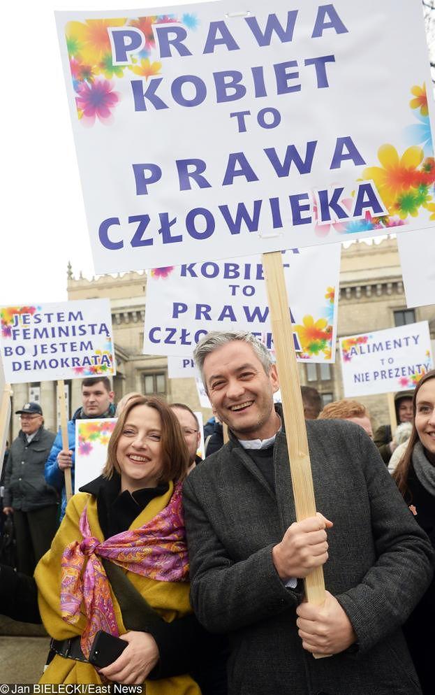 """Biedroń obiecuje: """"500 plus przekazywałbym na walkę z pedofilią w Kościele"""""""