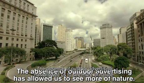 Tak wygląda Sao Paulo WYCZYSZCZONE z billboardów!
