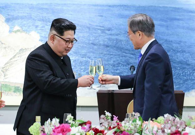 Historyczne porozumienie: KONIEC WOJNY pomiędzy Koreą Północną i Południową!