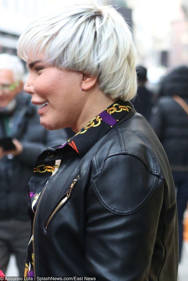 """""""Żywy Ken"""" straszy na Tygodniu Mody w Mediolanie (FOTO)"""