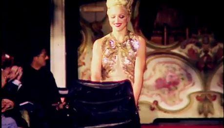 Madonna z wózkiem na pokazie Jeana Paula Gaultiera!