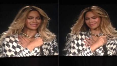 Beyonce płacze na koncercie!