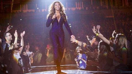 Fan KLEPIE PO TYŁKU Beyonce!