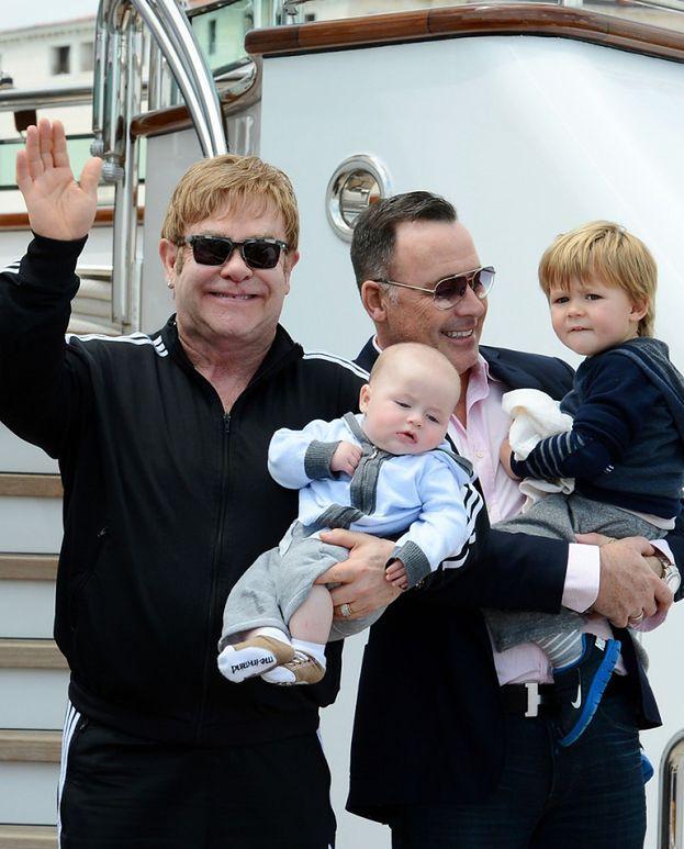 """Elton: """"Posiadanie dwójki dzieci jest wspaniałe"""""""