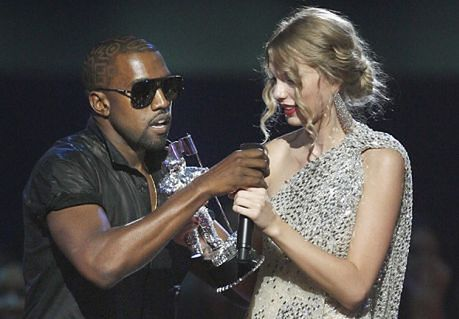 Kanye West OBRAŻA Taylor Swift!
