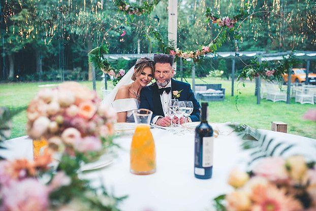 Maja Rutkowski tyle się naczekała na ślub, że jej suknia ZDĄŻYŁA WYJŚĆ Z MODY