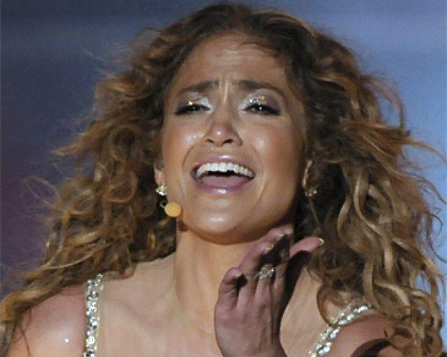 Jennifer Lopez nosi wszędzie... DESKĘ KOLOZETOWĄ!