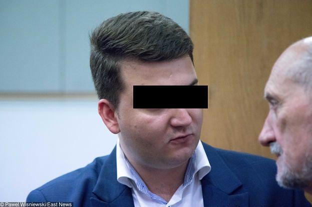 Ciężkie życie Bartłomieja M. w zakładzie karnym: 10 minut na prysznic, czekolada tylko z kantyny