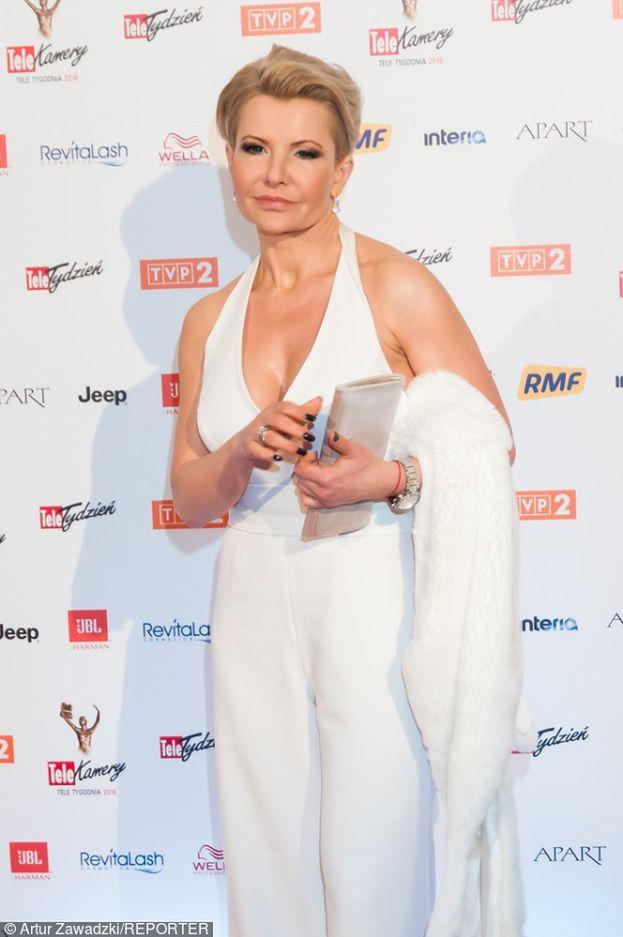 Joanna Racewicz chwali się biustem na Telekamerach (ZDJĘCIA)