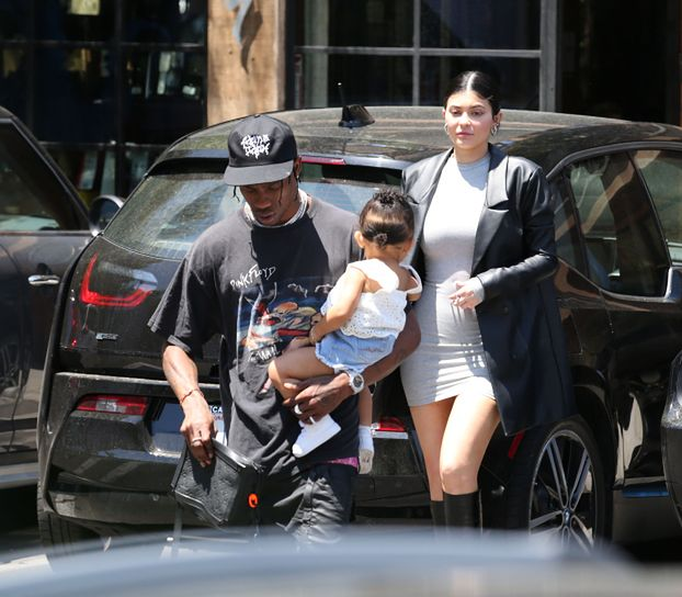 Kylie Jenner jest W DRUGIEJ CIĄŻY? (FOTO)
