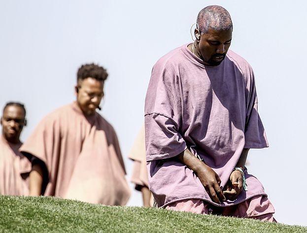"""Kanye West i premiera albumu """"Jesus is King"""". Magazyn """"Rolling Stones"""" przypomina kultową okładkę rapera"""