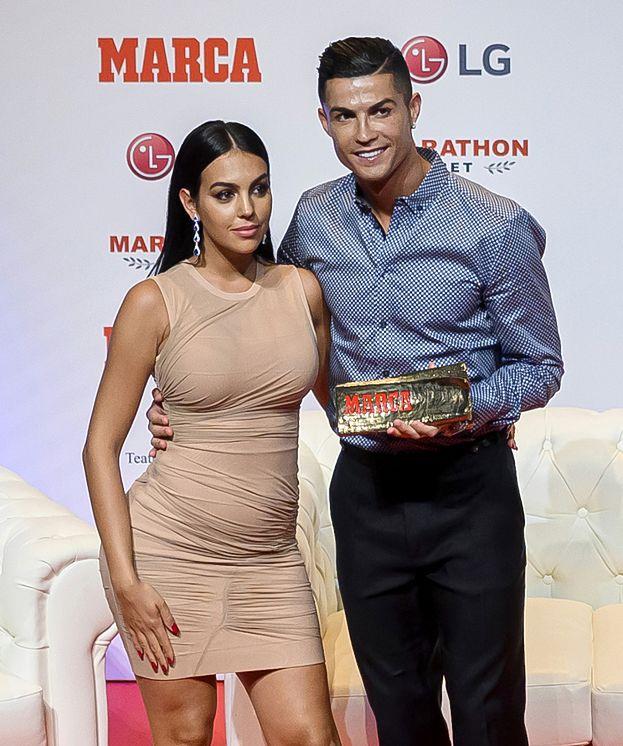 Cristiano Ronaldo znowu ZOSTANIE OJCEM? Wygląd jego partnerki wywołał sensację! (FOTO)