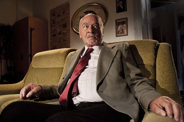 """85-letni Ryszard Kotys ma problemy z pamięcią? """"Zgubiłem się na klatce schodowej"""""""