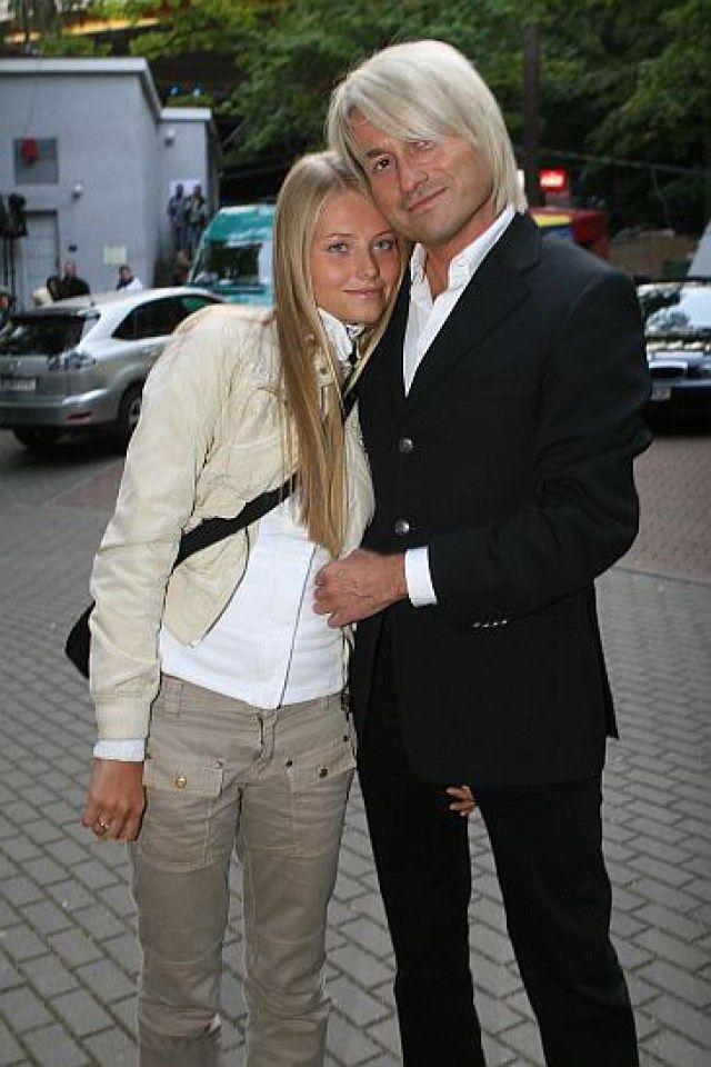Gdzie trzyma rękę Agata Paskudzka?