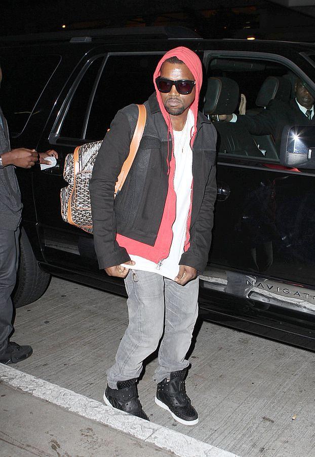 Kanye nagra... 40-minutowy teledysk!