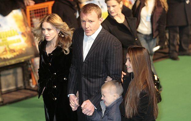 Madonna i Guy walczą o syna!