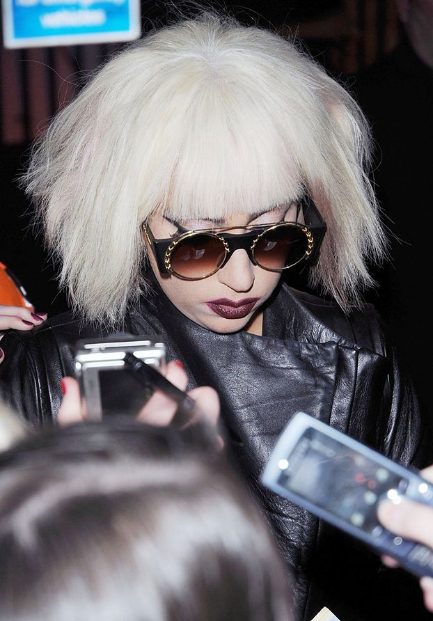 GaGa sprzedała 20 milionów cyfrowych singli!