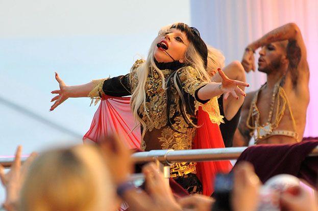 """""""Lady Gaga to 14-letnia siksa z przerośniętym ego"""""""