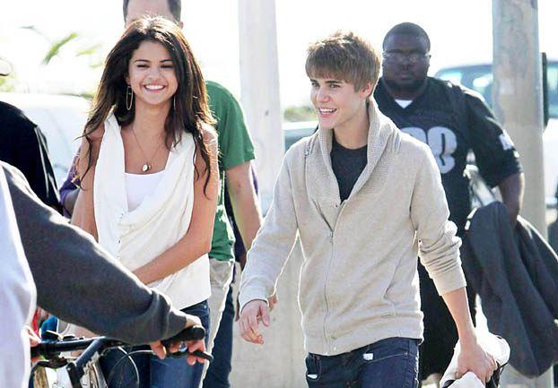 "Selena boi się fanek Justina! ""TO SZALEŃSTWO!"""