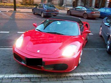Teodorska ma już nowe Ferrari!