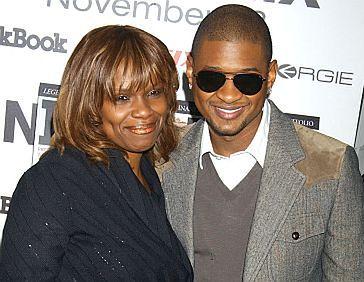 Matka Ushera nie pojawiła się na ślubie