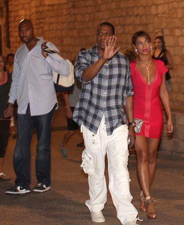 Ochroniarz Beyonce pobił paparazzo!