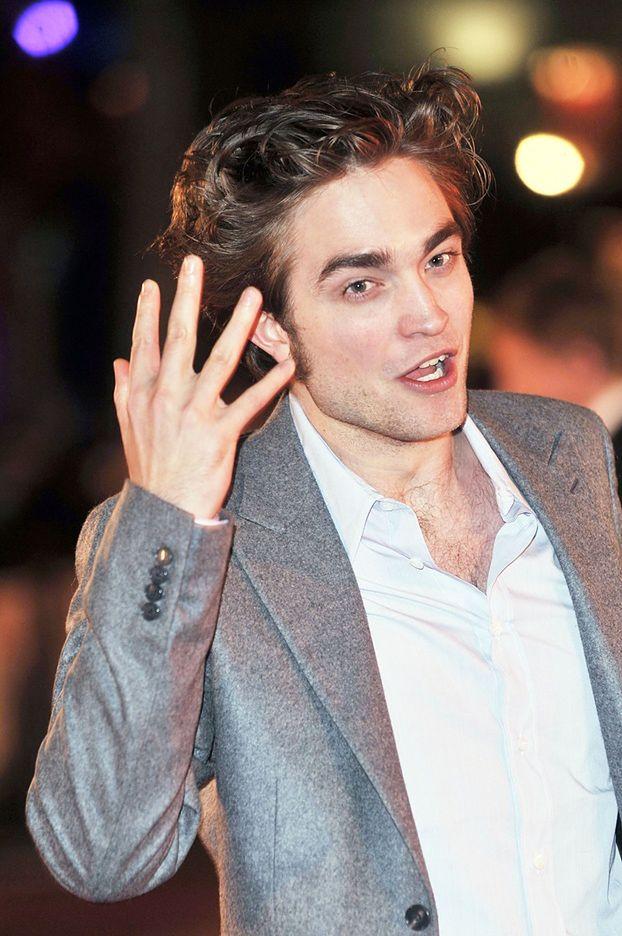 """Pattinson obraża fanów """"Zmierzchu""""! """"TO KUTASY!"""""""