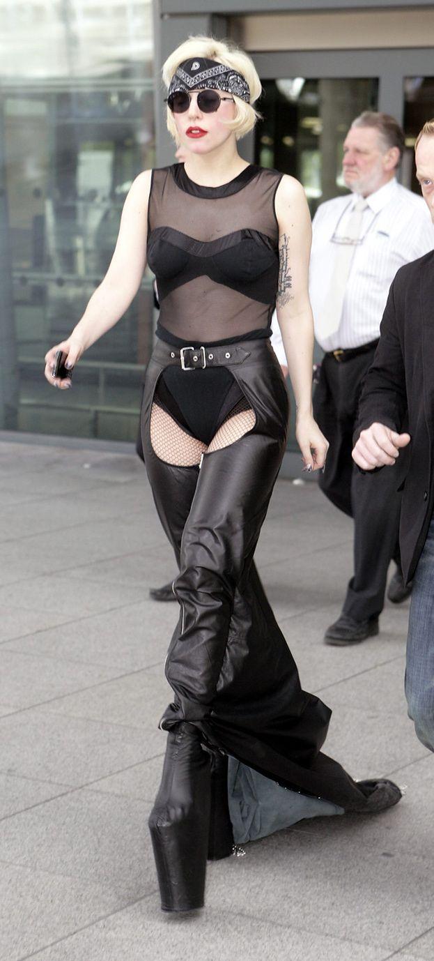 """""""Lady Gaga głodzi siebie i swoich tancerzy!"""""""