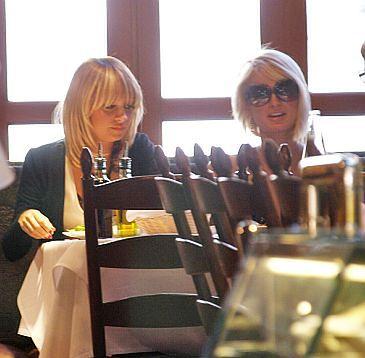 """Paris Hilton będzie """"szwagierką"""" Nicole Richie?"""